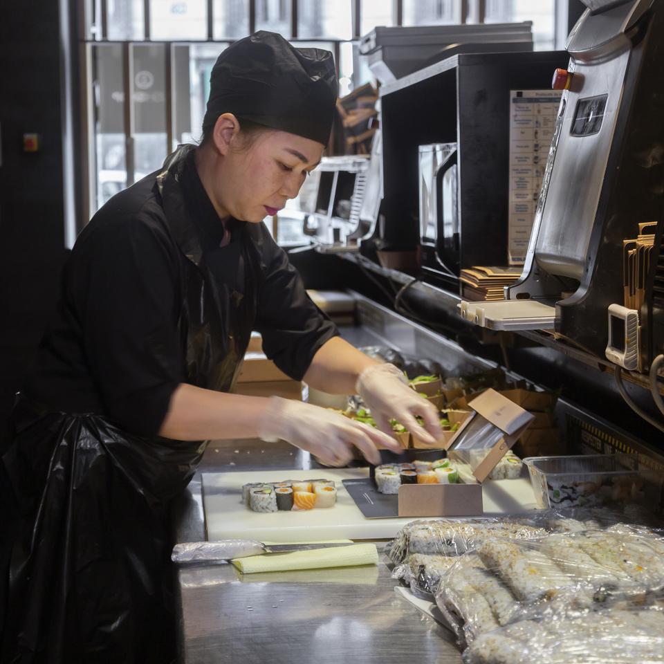Cuisinier Sushi Shop